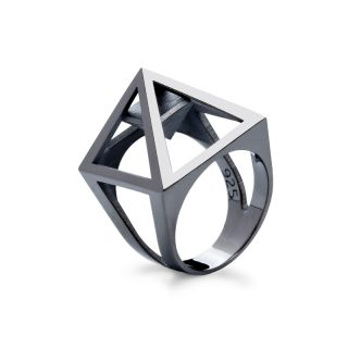 RADIAN | Nefertiti pyramid ring, 3d printed then cast, 925 silver and black rhodium