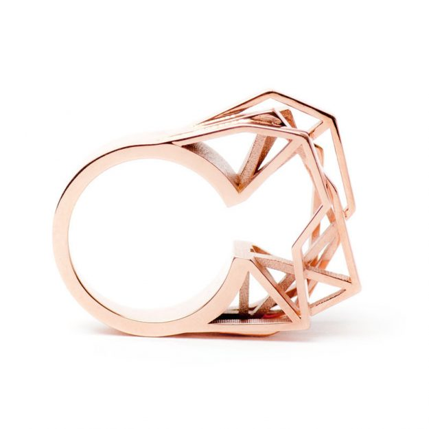 RADIAN | Solitaire ring, brass 23,5k rose gold plated, 3d printed wax - then cast